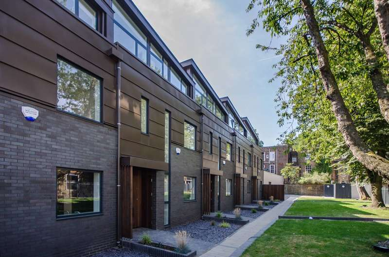 4 Bedrooms House for sale in Clifford Terrace, Stoke Newington, N16