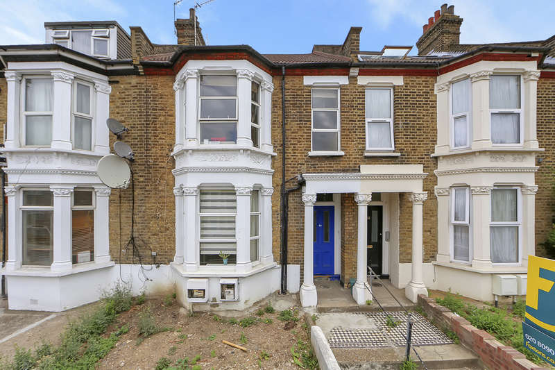 2 Bedrooms Flat for sale in Acton Lane, London