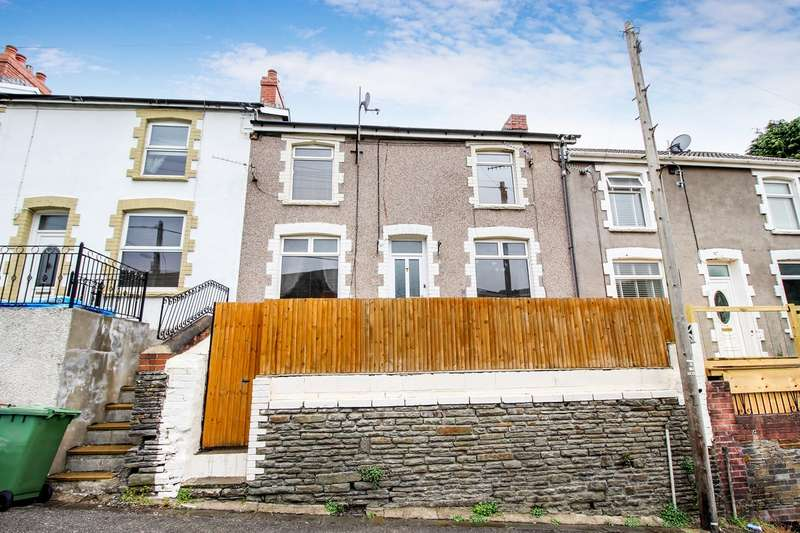 3 Bedrooms Terraced House for sale in Fothergills Road, New Tredegar, NP24