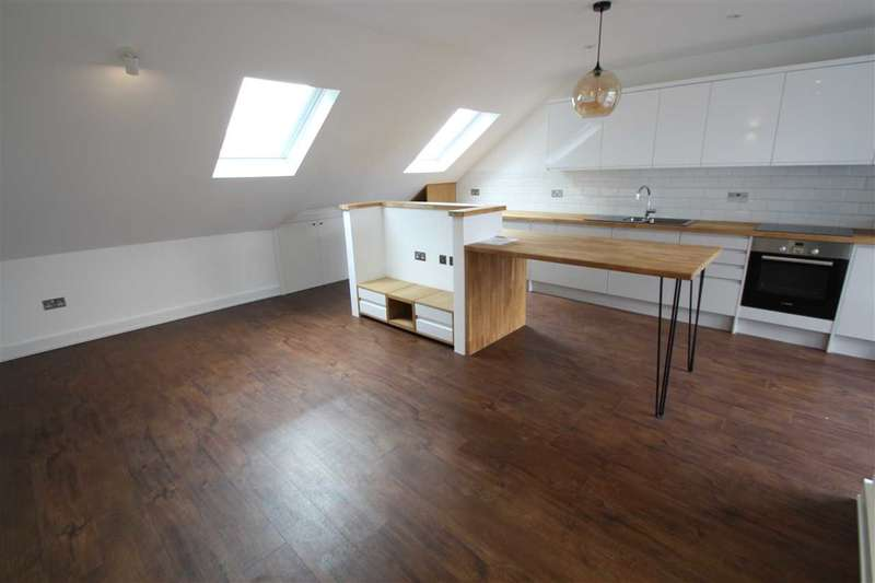 2 Bedrooms Property for sale in High Road, Flat 2 - 352, East Finchley