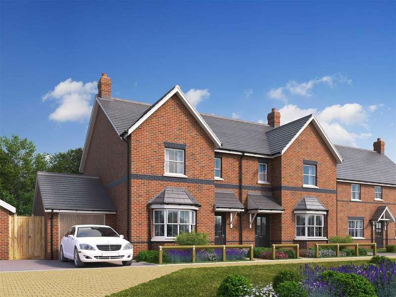 4 Bedrooms Semi Detached House for sale in Cow Lane, Edlesborough, Dunstable