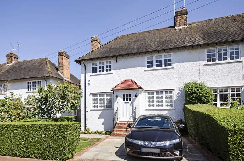 3 Bedrooms Semi Detached House for sale in Brookland Close, Hampstead Garden Suburb, NW11