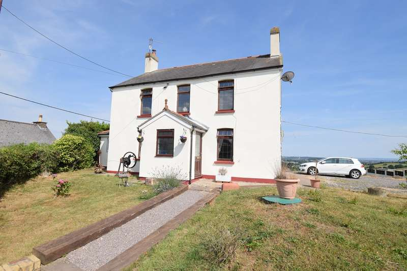 3 Bedrooms Farm House Character Property for sale in Henllys, Cwmbran, NP44