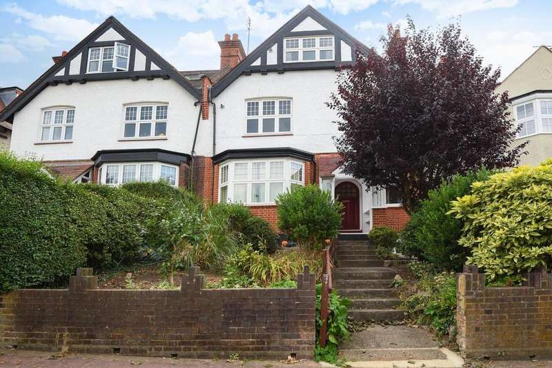 2 Bedrooms Flat for sale in Creighton Avenue, Muswell Hill