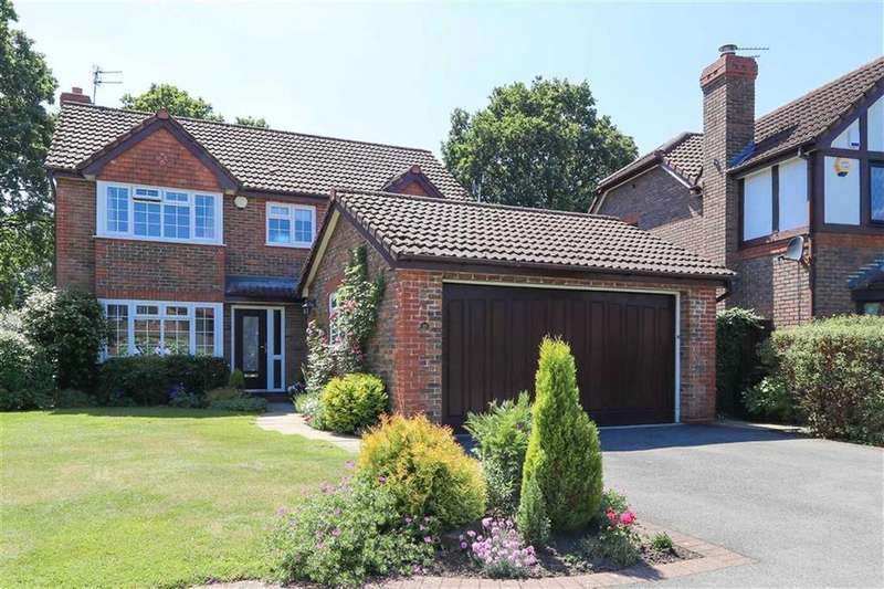 4 Bedrooms Detached House for sale in Kentmere Close, Gatley, Cheadle