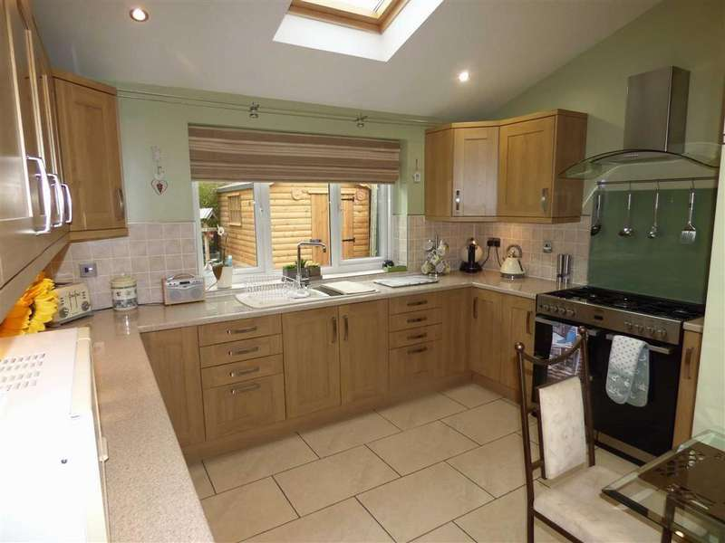 4 Bedrooms Detached House for sale in 30a, Dean Park, Ferryhill