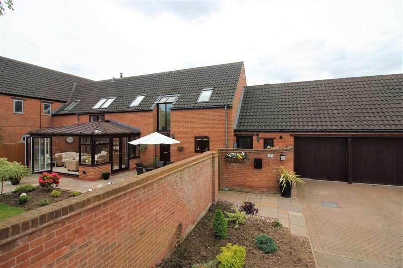 4 Bedrooms Property for sale in Balmoral Court, Hemington, DE74 2PX