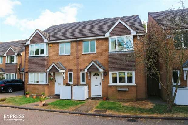 3 Bedrooms Semi Detached House for sale in Cottenham Park Road, London