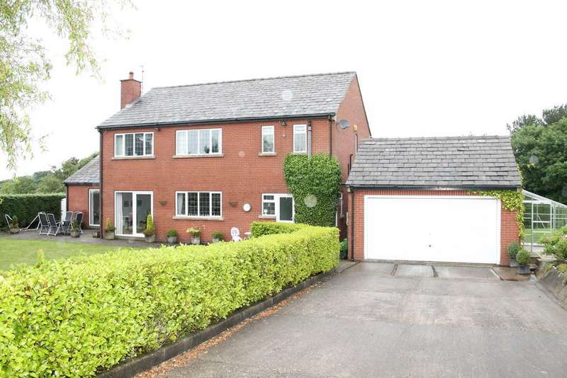 5 Bedrooms Detached House for sale in Mottram Road, Stalybridge, Manchester