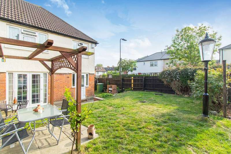 3 Bedrooms House for sale in Almond Avenue, Ealing