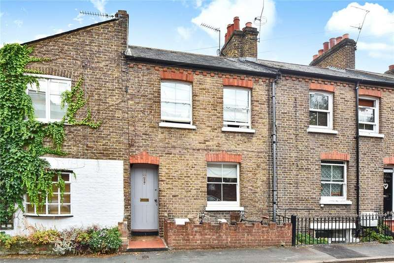 2 Bedrooms Terraced House for sale in Dagmar Road, Windsor, Berkshire, SL4