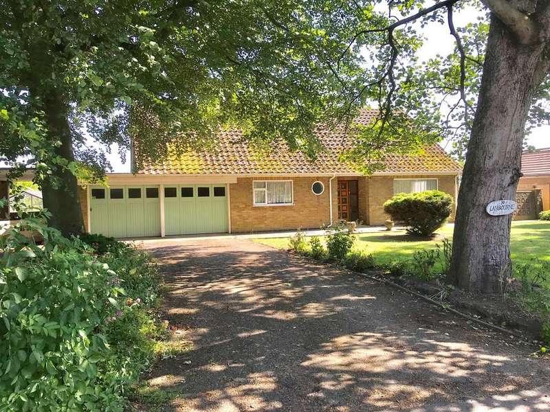 4 Bedrooms Detached Bungalow for sale in Bowgate, Gosberton, Spalding, PE11