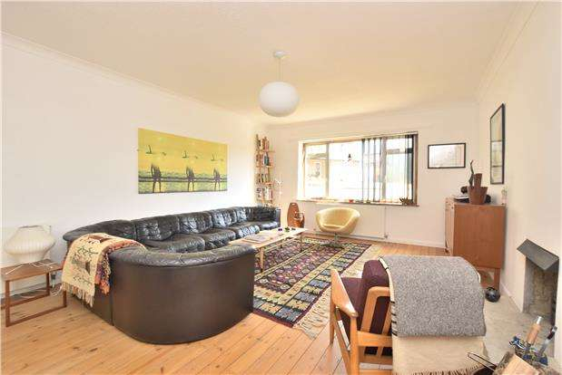 4 Bedrooms Detached House for sale in Ham Close, Charlton Kings, Cheltenham, Gloucestershire