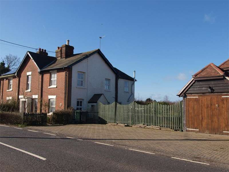 4 Bedrooms Semi Detached House for sale in Coggeshall Road, Earls Colne, Essex