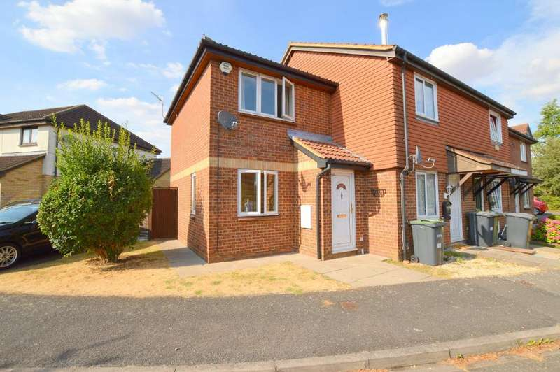 1 Bedroom End Of Terrace House for sale in Elveden Close, Bushmead, Luton, LU2 7FF
