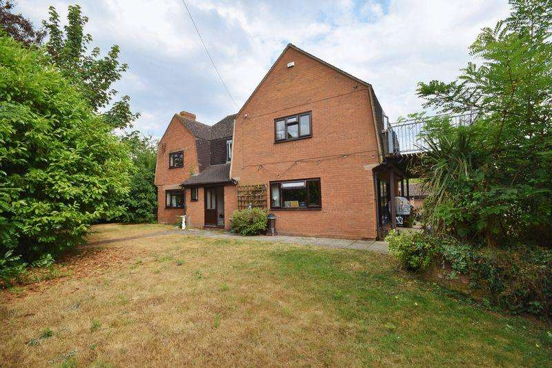 4 Bedrooms Detached House for sale in Three Ashes Lane, Newent - 8 Acres