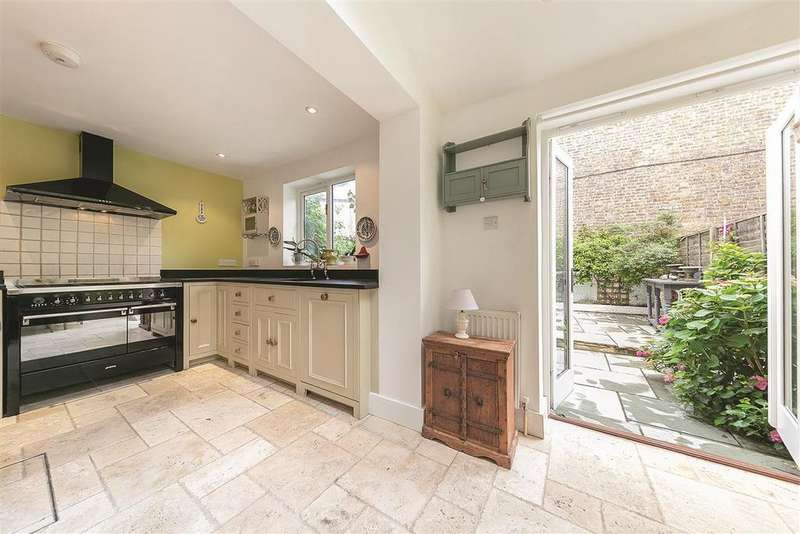 3 Bedrooms End Of Terrace House for sale in Bradmore Park Road, W6