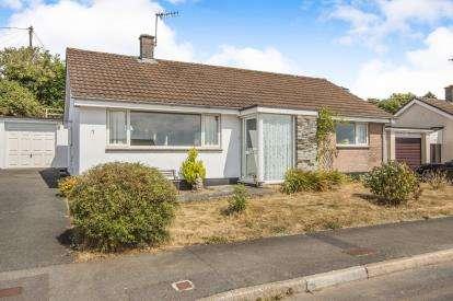 3 Bedrooms Bungalow for sale in St. Germans, Saltash, Cornwall