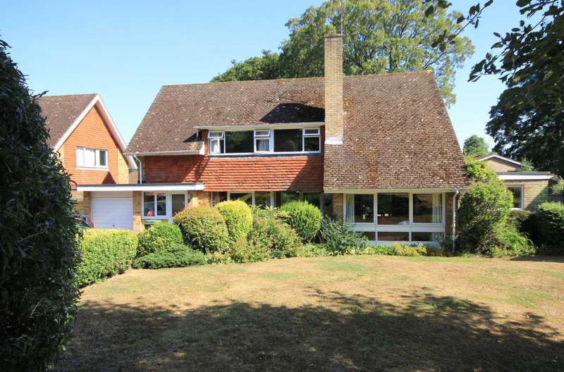 5 Bedrooms House for sale in OVER 2100 Sq Ft with SEPERATE ANNEXE in BOXMOOR, HP1