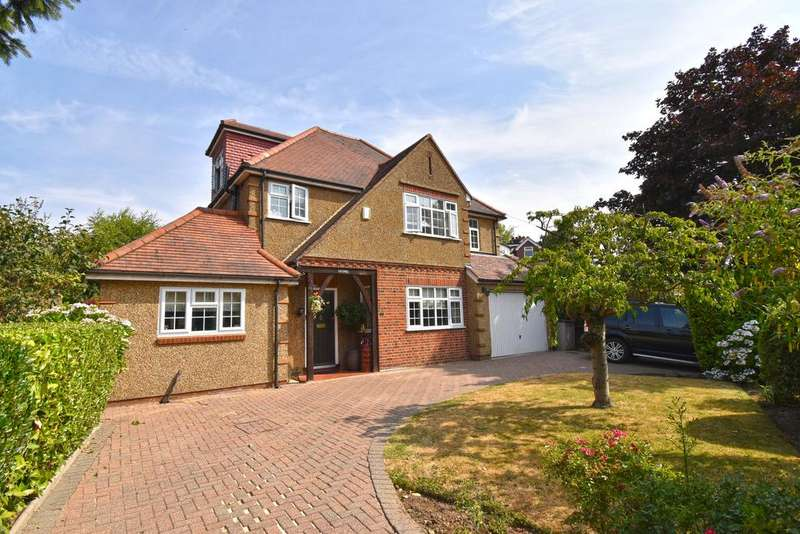 4 Bedrooms Detached House for sale in St Michaels Road, Broxbourne EN10