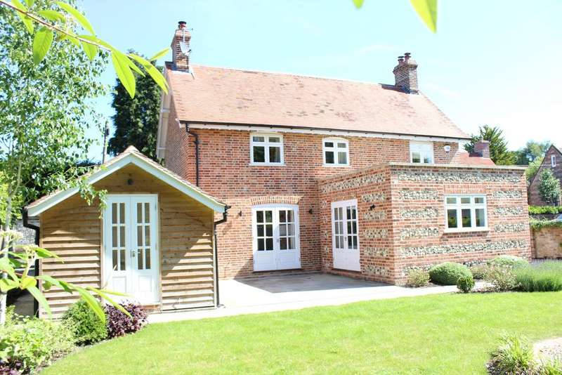 3 Bedrooms Detached House for sale in Chilton Foliat RG17