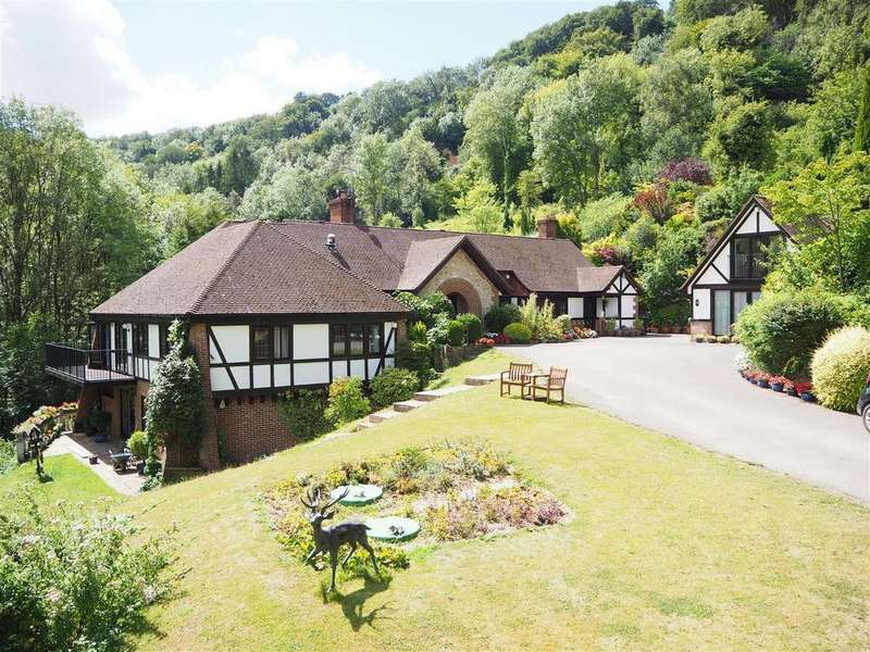6 Bedrooms House for sale in Hawkley
