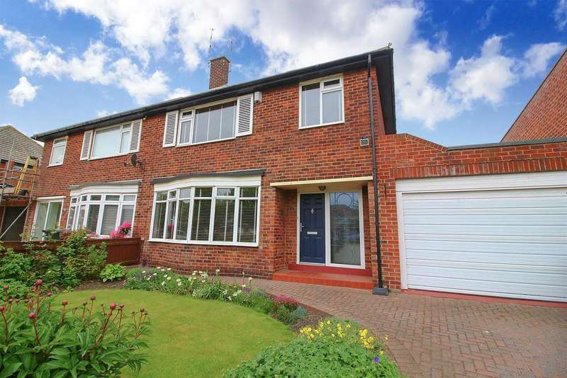 3 Bedrooms Semi Detached House for sale in Broadway, Tynemouth