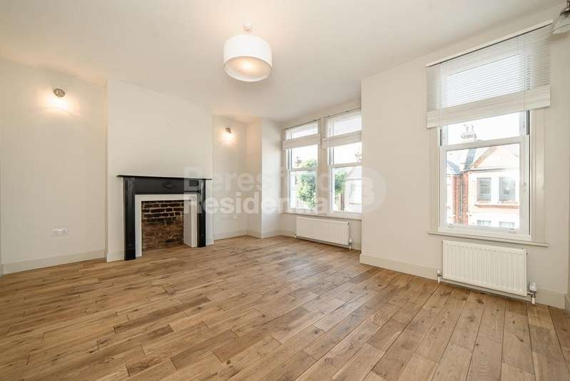 3 Bedrooms Flat for sale in Credenhill Street, Streatham, SW16