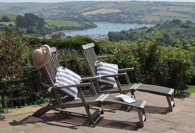 6 Bedrooms Detached House for sale in Higher Batson, Salcombe