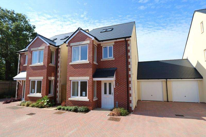 4 Bedrooms Link Detached House for sale in Bath Road, Keynsham, Bristol