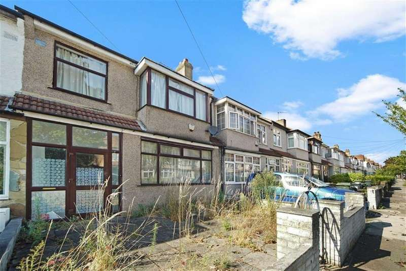 3 Bedrooms Terraced House for sale in Abercarin Road, London