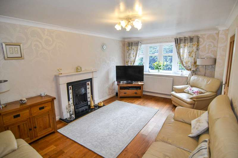4 Bedrooms Detached House for sale in Yew Tree Avenue, Newton Le Willows