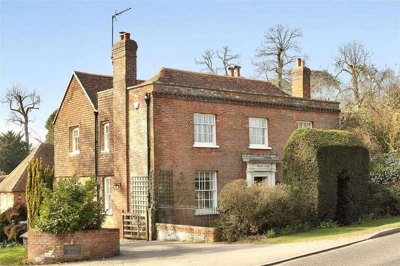 4 Bedrooms Detached House for sale in Puttenham Heath Road, Puttenham, Guildford, Surrey, GU3