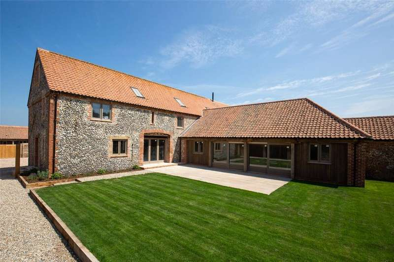 5 Bedrooms Barn Conversion Character Property for sale in Chalk Hill Barns, Binham Road, Warham, Wells-next-the-Sea, NR23