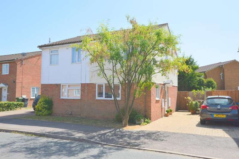 2 Bedrooms Semi Detached House for sale in Hedley Rise, Wigmore, Luton, LU2 9UD