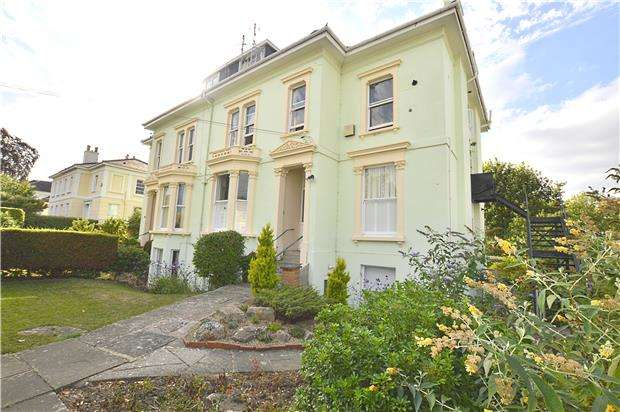 3 Bedrooms Flat for sale in Western Road, CHELTENHAM, Gloucestershire, GL50 3RN