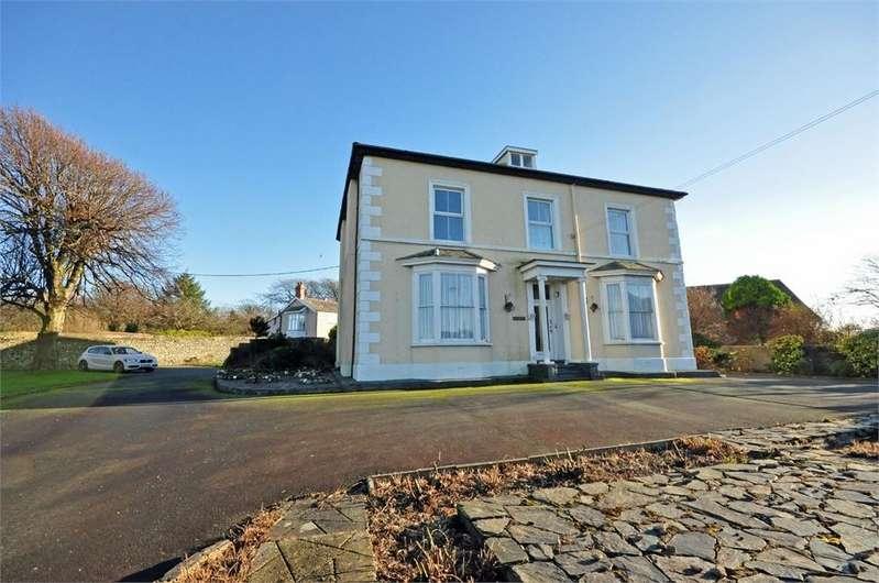 8 Bedrooms Detached House for sale in Neptune Road, Tywyn, Gwynedd