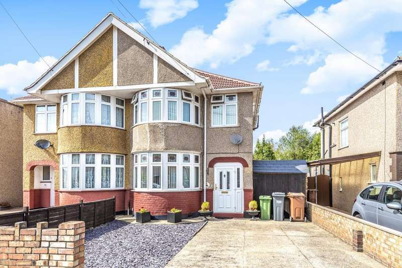 3 Bedrooms House for sale in Hereford Road, Feltham, TW13