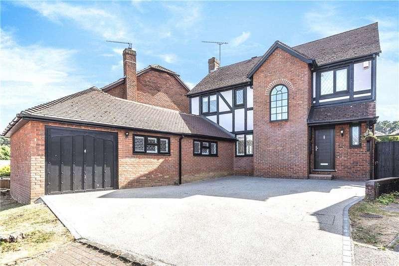 4 Bedrooms Detached House for sale in Princes Way, Bagshot, Surrey, GU19