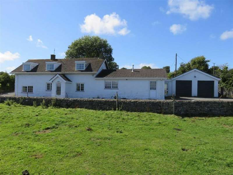 4 Bedrooms Farm House Character Property for sale in Tynygongl Benllech, Anglesey