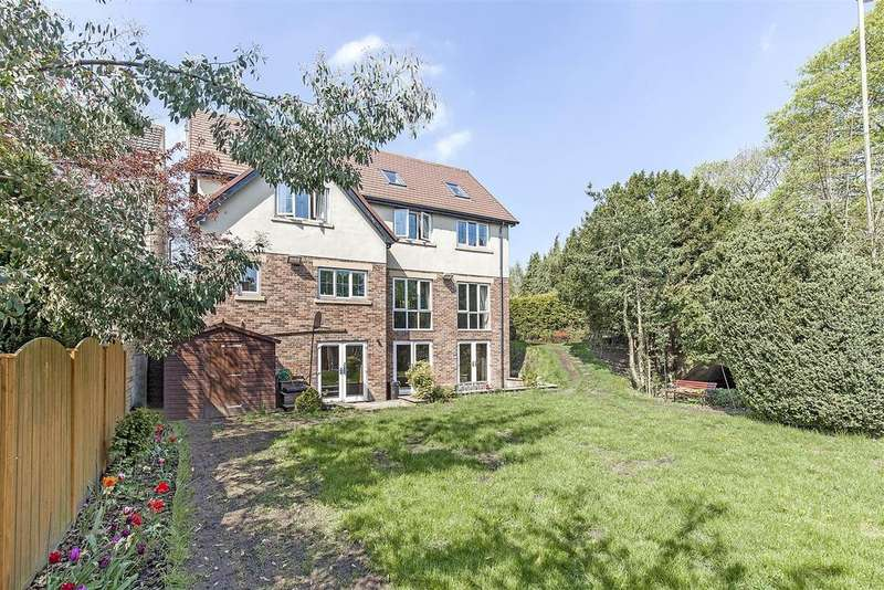 4 Bedrooms Detached House for sale in Brookside Bar, Brookside, Chesterfield
