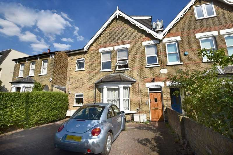 3 Bedrooms Maisonette Flat for sale in Cleveland Road, South Woodford