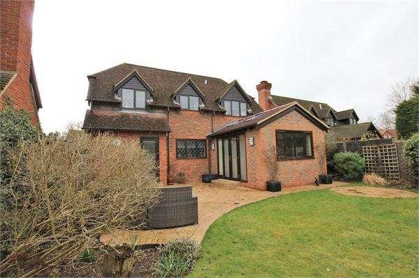 4 Bedrooms Detached House for sale in Chackfield Drive, Winnersh, WOKINGHAM, Berkshire