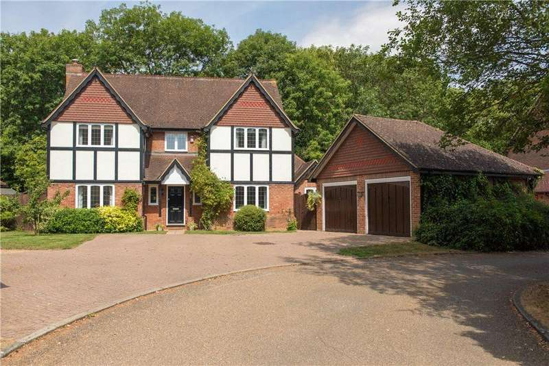 5 Bedrooms Detached House for sale in Woodlands, Clapham Park, Clapham, Bedfordshire