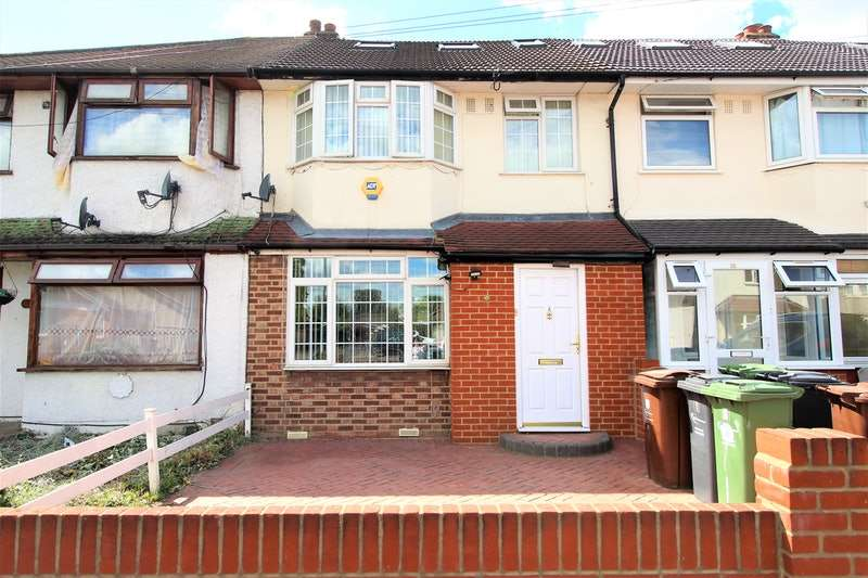 4 Bedrooms Terraced House for sale in Charlotte Road, Dagenham, London, RM10