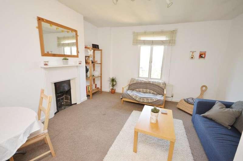2 Bedrooms Flat for sale in Lewisham Way New Cross SE14