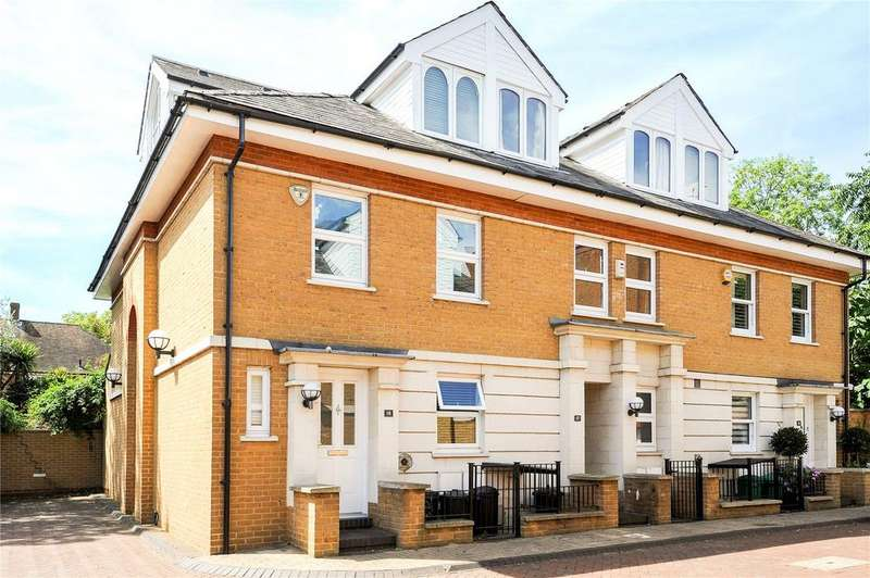 3 Bedrooms Terraced House for sale in Cavalry Gardens, Putney, London, SW15