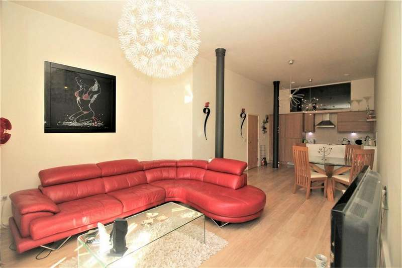 2 Bedrooms Flat for sale in Holden Mill, Blackburn Road, BOLTON, Lancashire