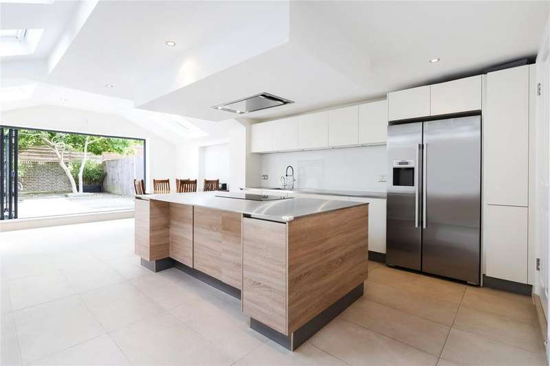 4 Bedrooms Terraced House for sale in Chaldon Road, Fulham, London, SW6
