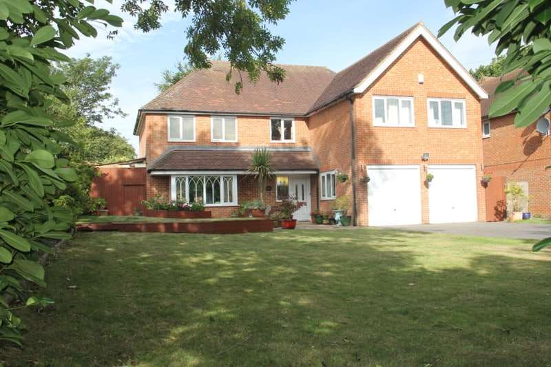 6 Bedrooms Detached House for sale in Canterbury Road, Folkestone, Kent, CT18